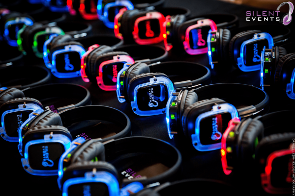 Silent Events Silent Disco - Light-Up Headphones